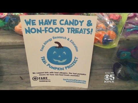 'Teal Pumpkin Project' Helping Kids With Food Allergies Enjoy Halloween