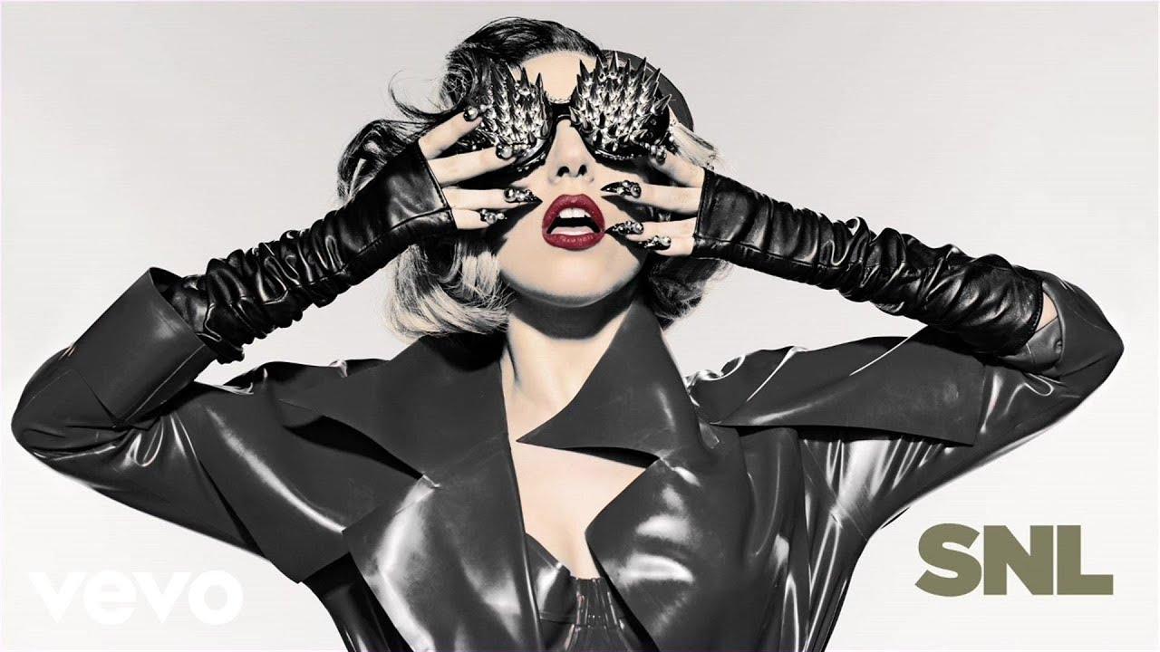 Download Lady Gaga - Judas (Live on SNL)