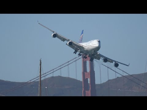 Boeing 747 Flybys .. San Francisco Fleet Week 2017 (4K)