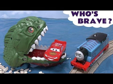 Piranha Cars Hot Wheels Thomas & Friends Play Doh Surprise Eggs Halloween Spooky Playdough Dragon