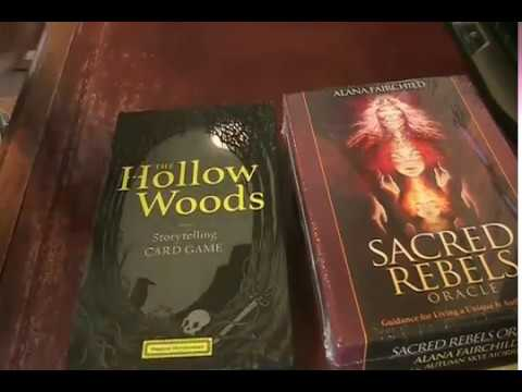 Deck Mail Unboxing Hollow Woods Storytelling, Sacred Rebels, Earth Power Oracle by Grün Eule