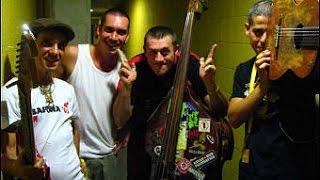 ★ MANU CHAO y Los Musicarios de la calle Codols ★ Live @ Masnou, Barcelone (El ultimo chiringo 2005)