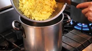 お店で好評の冷製コーンスープの作り方です、簡単で味わい深いスープで...