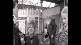 The Leather Boys (1964) - a day out in Southend