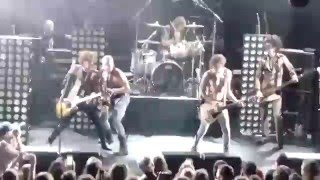 The Darkness - Roaring Waters LIVE NYC