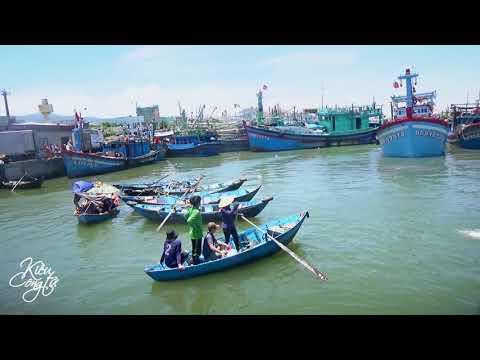 CẢNG CÁ QUY NHƠN • Nhộn Nhịp Mưu Sinh | Binh Dinh Province | Du Lịch Bình Định | Kiều Công Tử