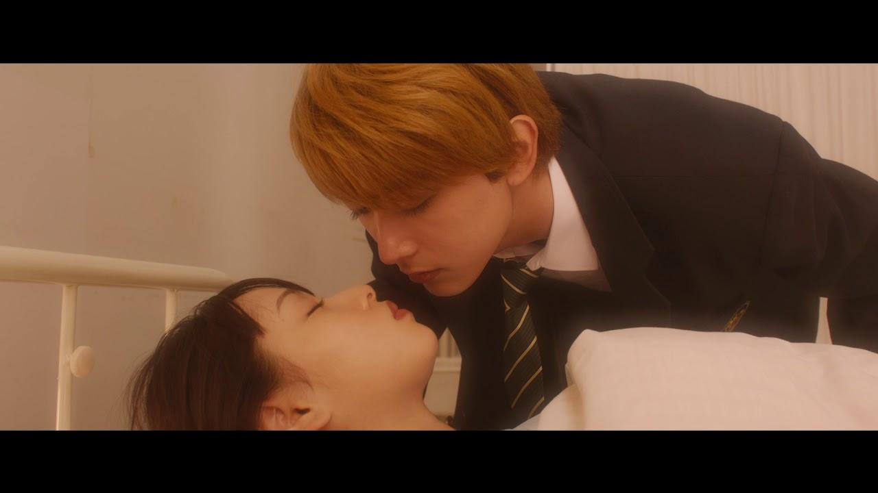 桜井日奈子と吉沢亮、ベッドでキス寸前…映画『ママレード・ボーイ』予告編 - YouTube