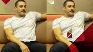 Which Girl Was Seen In Salman Khan's Bedroom? | Bollywood News