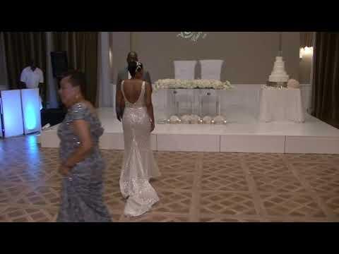 Wedding dance Mother & Son