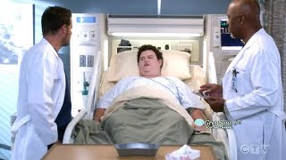 Grey's Anatomy 15x04 Alex Karev as Chief Tackles Health Insurance Issues