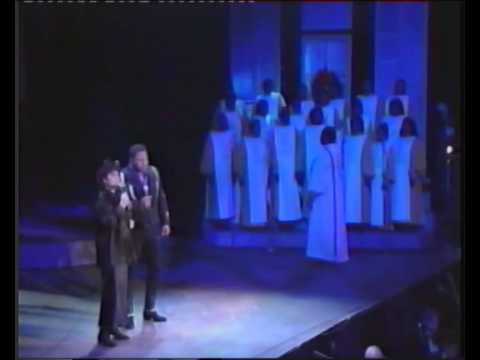 Linda Ronstadt & Aaron Neville-Silent Night