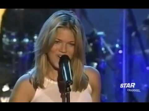 Mandy Moore - I Wanna Be With You(Live In MusicMania)