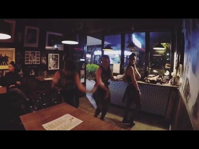 Silhouette 9 performance at Vasco bar