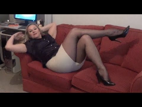 Victorienne : hot girl reading, dreaming, sleeping from YouTube · Duration:  2 minutes 19 seconds