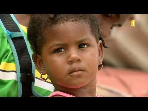Les habitants de la Dominique recommencent à vivre