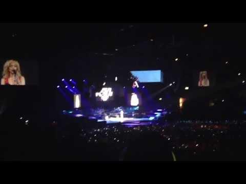 Rihanna 2013 Birmingham Diamonds Tour