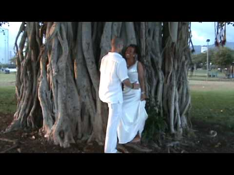 Magic Island Wedding in Hawaii - Banyan Tree