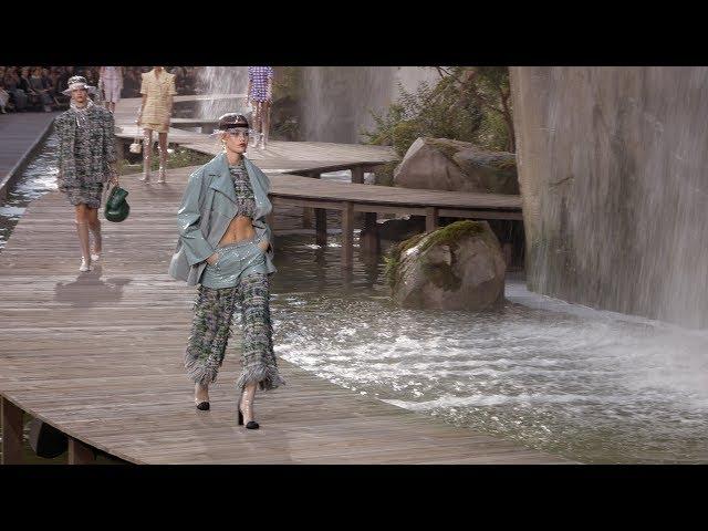 7595878bd840 「シャネル」18年春夏 ( 18年春夏パリコレクション ) | 素 材 美 Fashion & Style