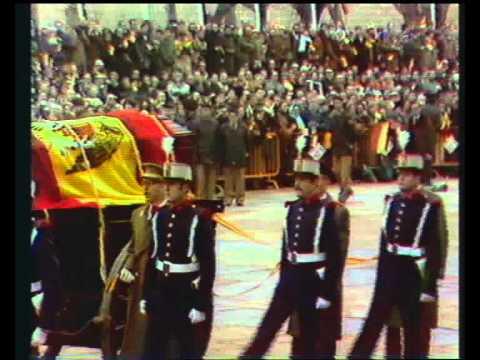 Hace 32 años regresaron a España los restos mortales de Alfonso XIII