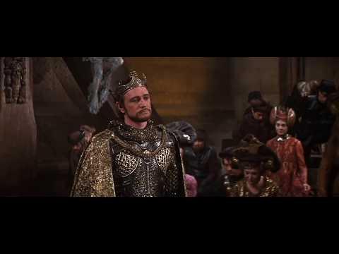 Knighting of Sir Lancelot (1967 Camelot)