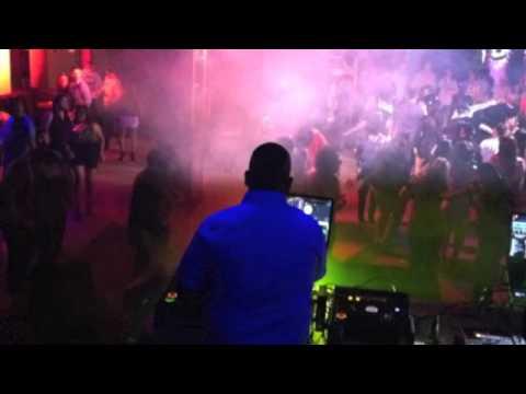 DJ TOONS @ GUACAMAYA - OMAHA