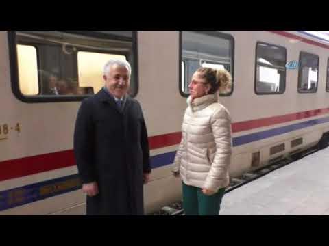 Ulaştırma Bakanı Arslan Doğu Ekspresiyle Yolculuk Yaptı