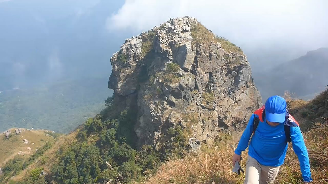 羅漢脊 羅漢塔 鳳凰山 Lantau Peak thr' Lo Hon Ridge - YouTube
