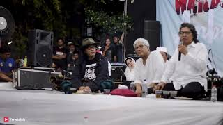 Download Video Sujiwo Tejo - Sugih Tanpo Bondo  | Cak Nun KiaiKanjeng  Kenduri Cinta Desember 2018 MP3 3GP MP4
