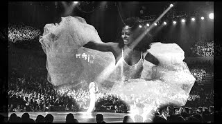 Diana Ross - Ain't No Mountain High Enough (with Orchestra)