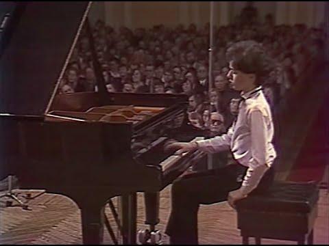 Evgeny Kissin plays Chopin Mazurkas, Nocturnes, Scherzo, Fantaisie - video 1985