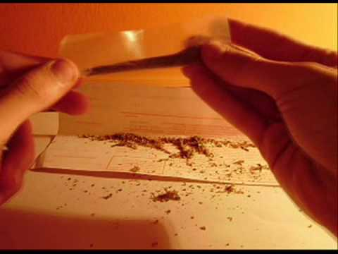 How to roll a joint -Useful trick-