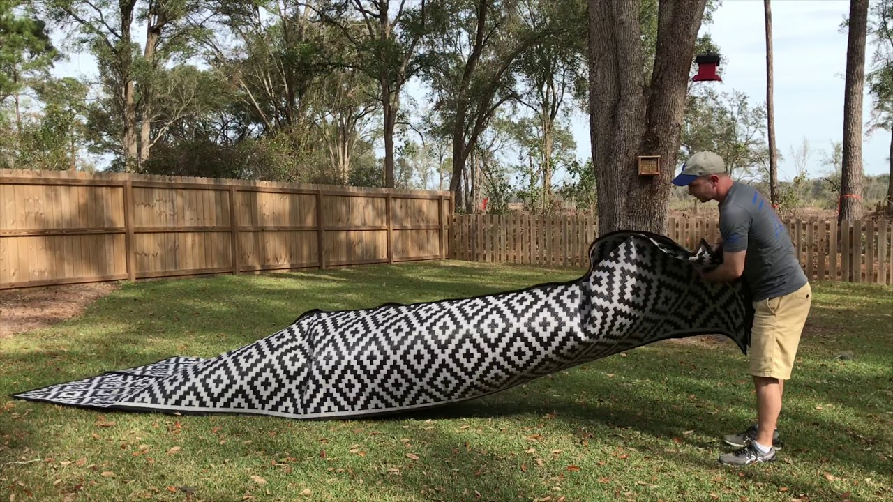 8x20 recycled plastic outdoor rug