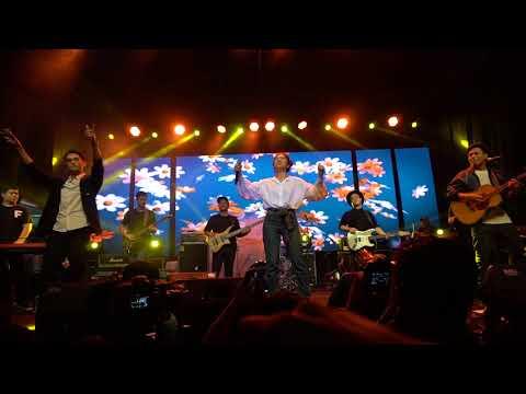 [8th Ramadhan Jazz Festival] Afgan, Isyana Sarasvati, Rendy Pandugo - Heaven