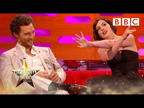 Thumbnail: Anne Hathaway predicted Matthew McConaughey's Oscar - The Graham Norton Show: Series 16 - BBC One