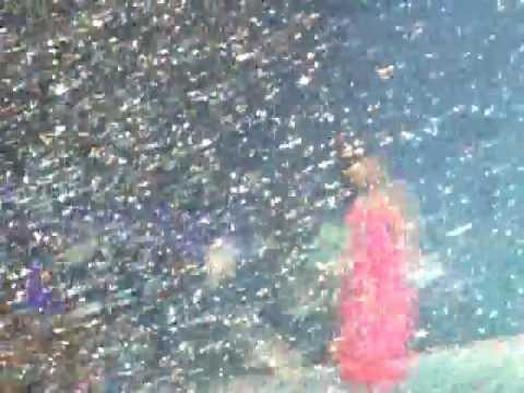 Naturally - Selena Gomez & The Scene live in Chile 30.01.2012