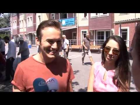 Mustafa Ceceli ve Eşi Sinem Ceceli de Oy Kullandı