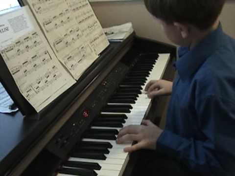 how to play beethoven fur elise on piano