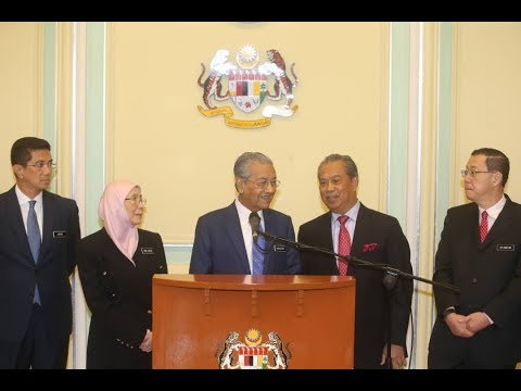 Dr Mahathir: Pay cut for ministers, fuel prices to remain unchanged