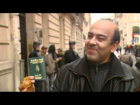 Tunisians in France eye rare visit
