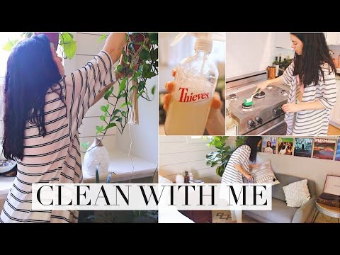 CLEAN WITH ME! Cleaning Routine Motivation!