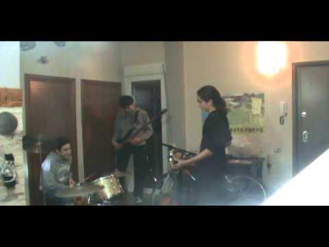 Καμενες Λαμπες Amazing solo Drams,Bass,Guitar
