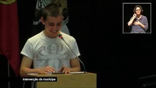 Grupo alunos vai à Assembleia Municipal de Lisboa e pede Um Minuto Silêncio Gratidão à TERRA!