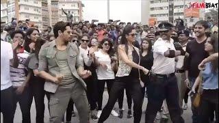 Katrina Kaif, Sidharth Malhotra dancing with 'moonwalking' traffic cop of Indore|Filmibeat