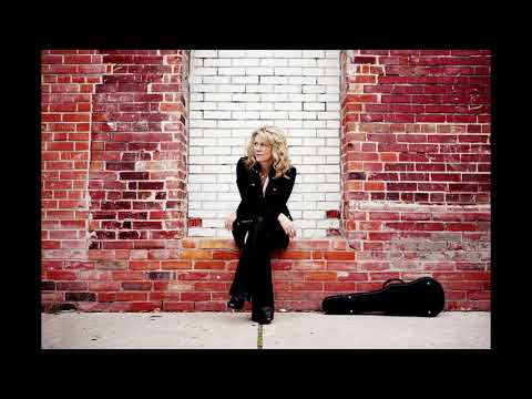 "Natalie MacMaster talks new record ""Sketches"" on DOWN TO THE RIVER (Oct 11/2019)"