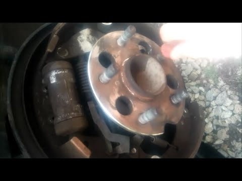 Easy: Remove Stuck & Rusted Rear Wheel Hub & Bearing Assembly - Toyota Sienna