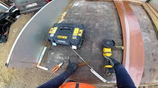 Jak zamontować parapet blaszany? | Budowa domu krok po kroku
