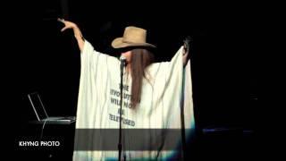 Erykah Badu The HEALER  (HIP-HOP) Live  in Atlanta