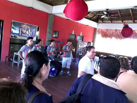 30f975a074c29 BATAKAS Batucada en las Hojas Resort en fiesta Navideña 2015 - YouTube