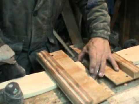 видео: Изготовление шипа с помощью направляющих для фрезера