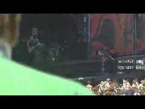 no excuses, Alice live at Download 2006